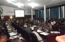 MLT e produtores de tabaco reunidos em lichinga