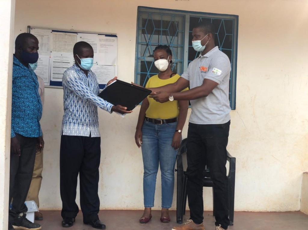 entrega de equipamento na RC Iulute-Nampula